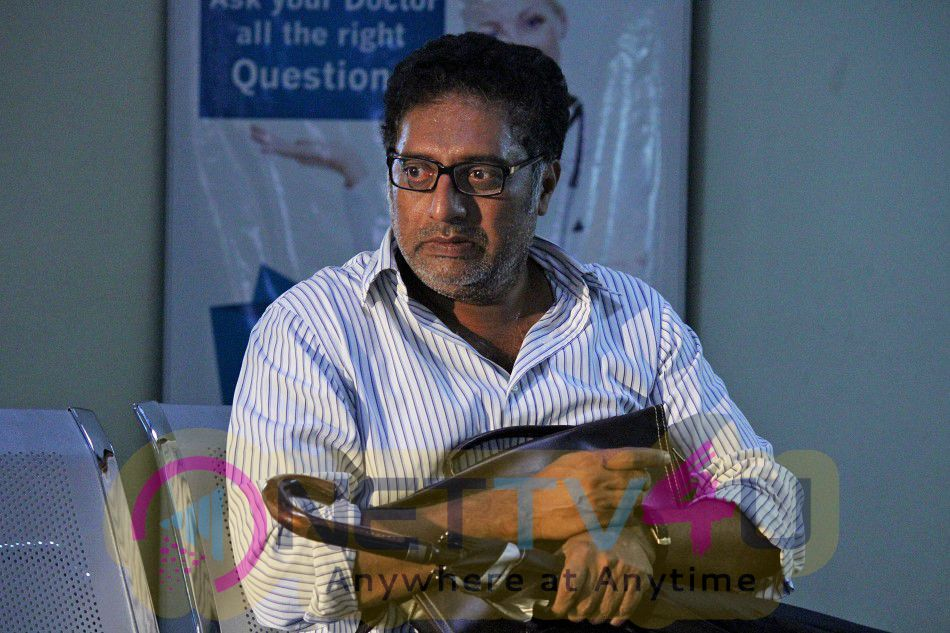 Sila Samayangalil Tamil Movie Working Stills