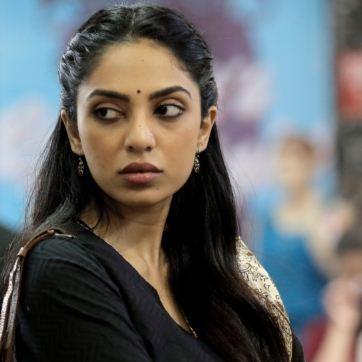 Sobhita Dhulipala Says She Is A Perfect Telugu Ammayi!