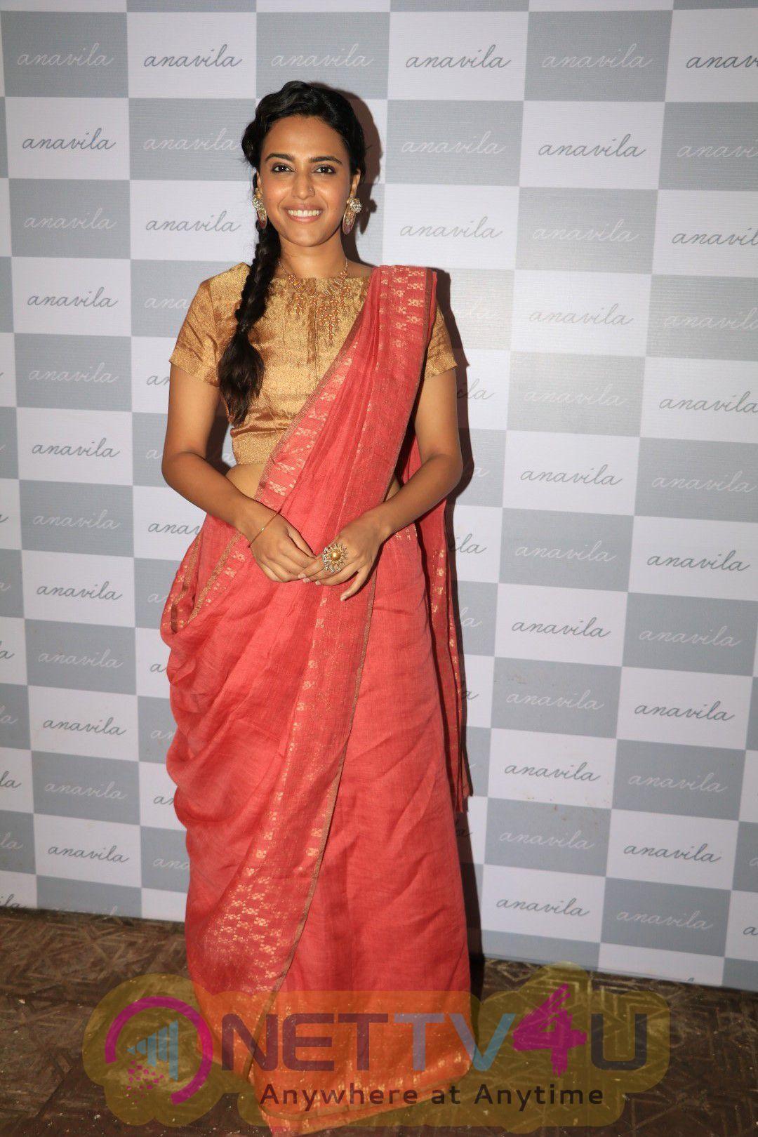 Sonam Kapoor, Kiran Rao & Sawara Bhaskar At Anavila Store Launch Stills