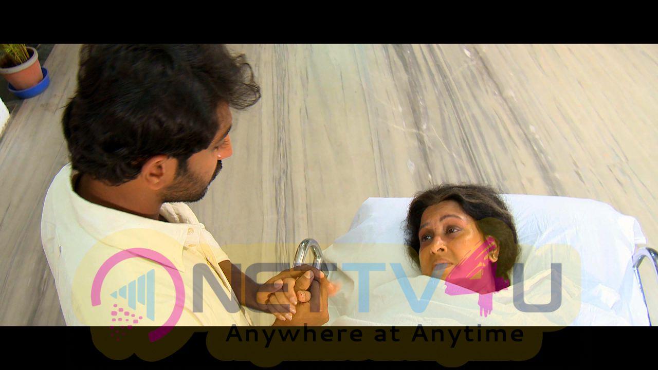 Soodhu Vaadhu Tamil Movie Latest Stills