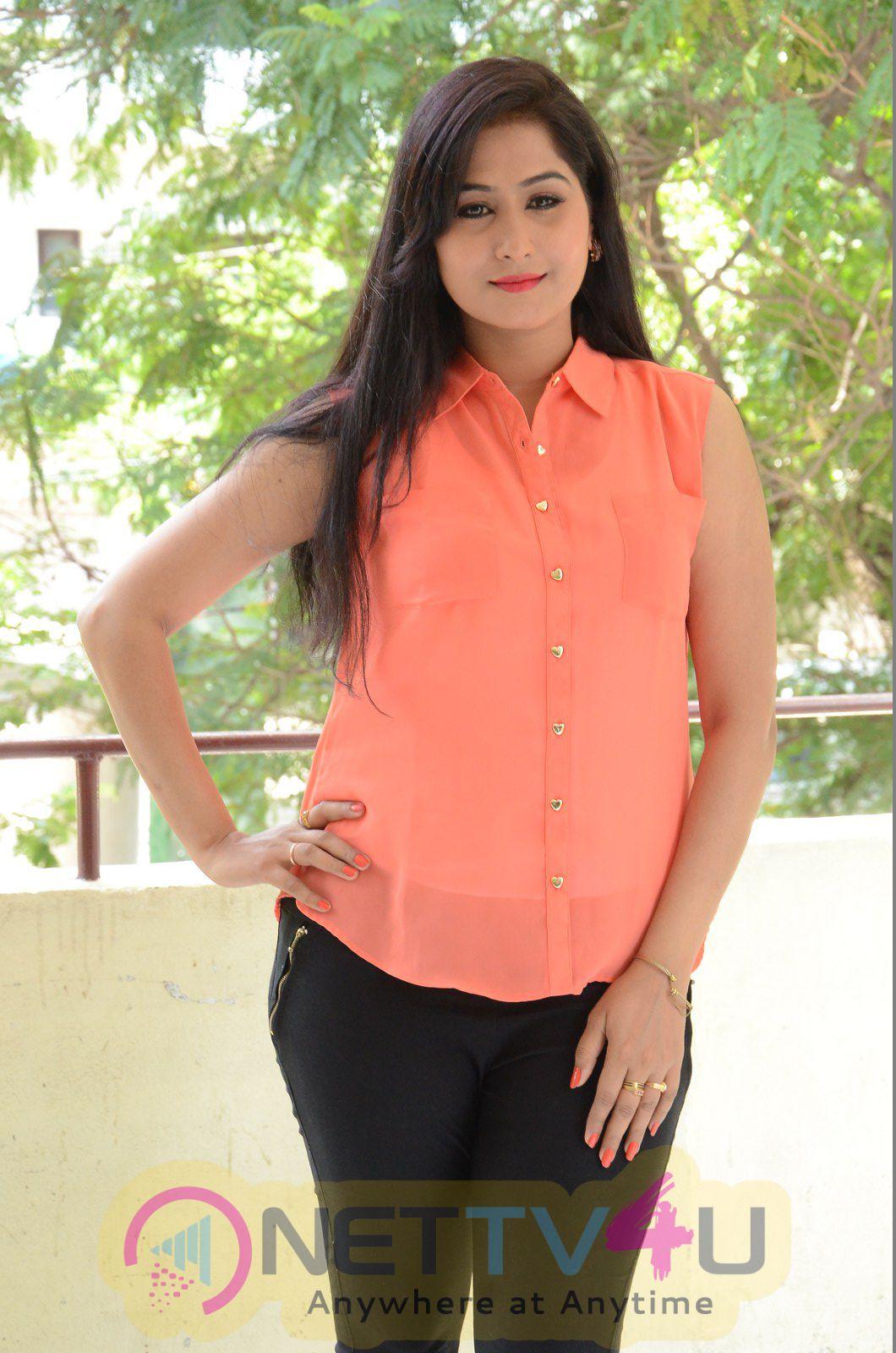 Srilatha Telugu Actress Latest Beauteous Pics