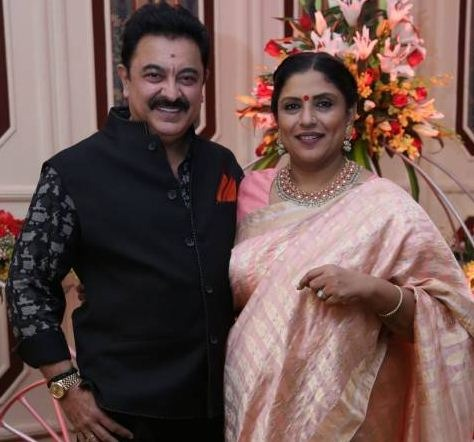 Sripriya Celebrates Her 25th Wedding Anniversary!