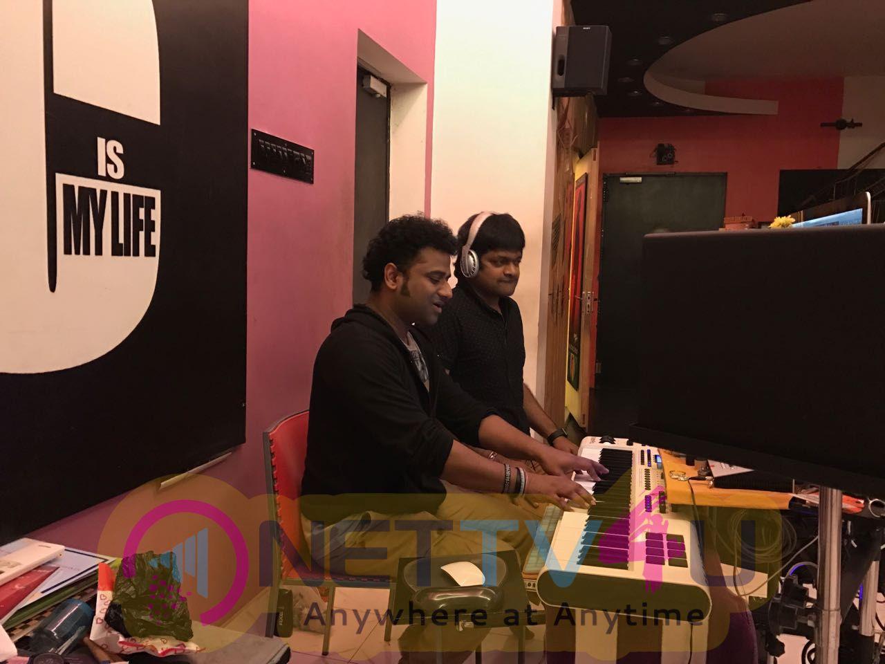 Stylish Star Allu Arjun & Harish Shankar's Duvvada Jagannadham Music Sittings Started