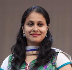 Sudhamayi Telugu Actress