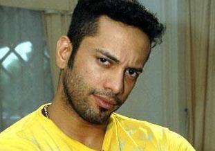Suriya's Villain To Fight With Vijay Sethupathi!