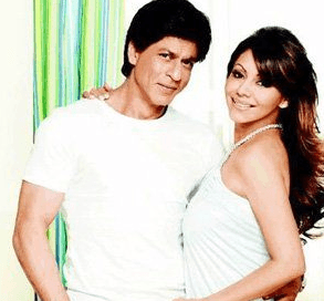 Shah Rukh Khan Played A Girl's Role For His Wife Gauri Khan