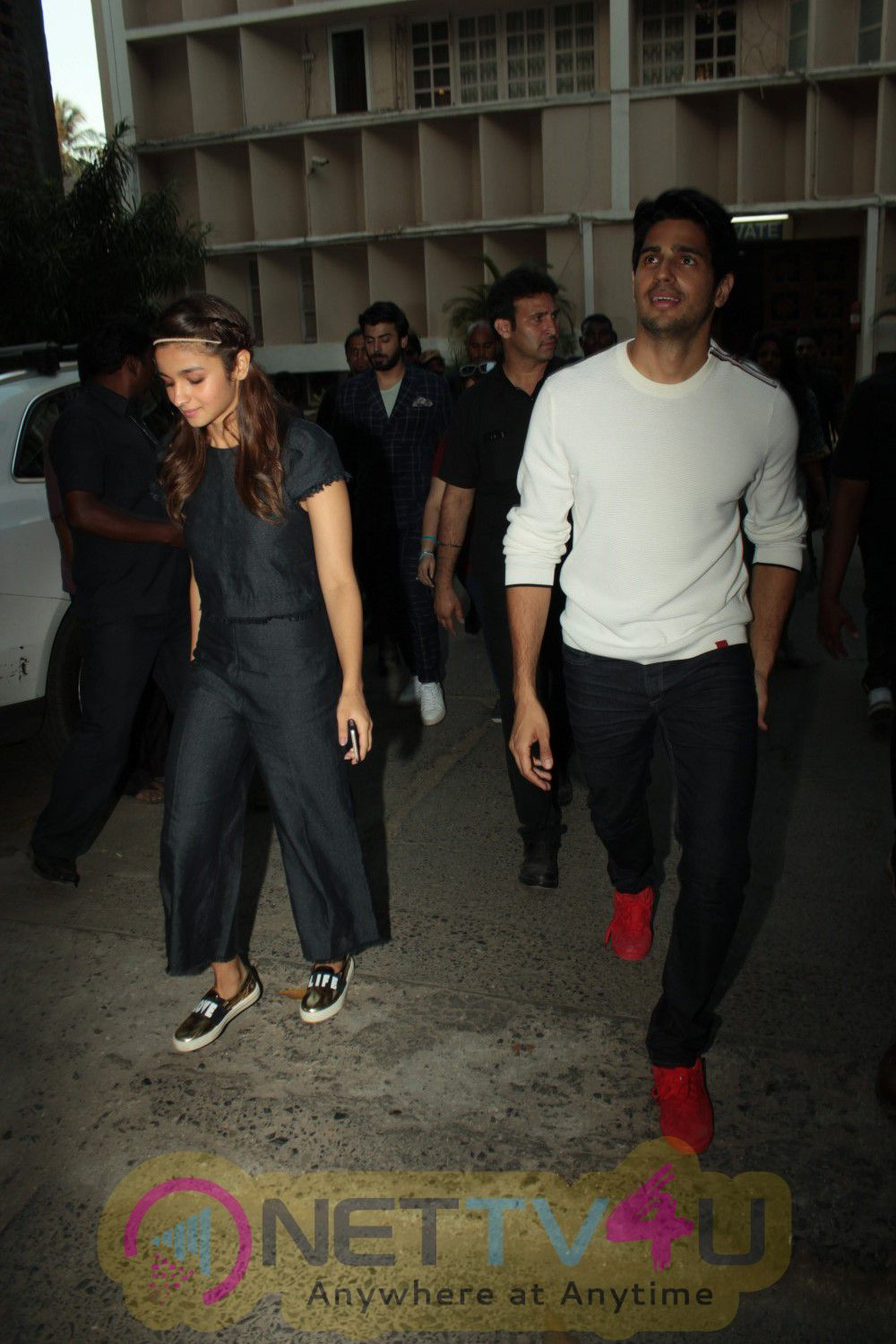 Sidharth Malhotra, Alia Bhatt & Fawad Khan At Interview For Film Kapoor & Sons Stills