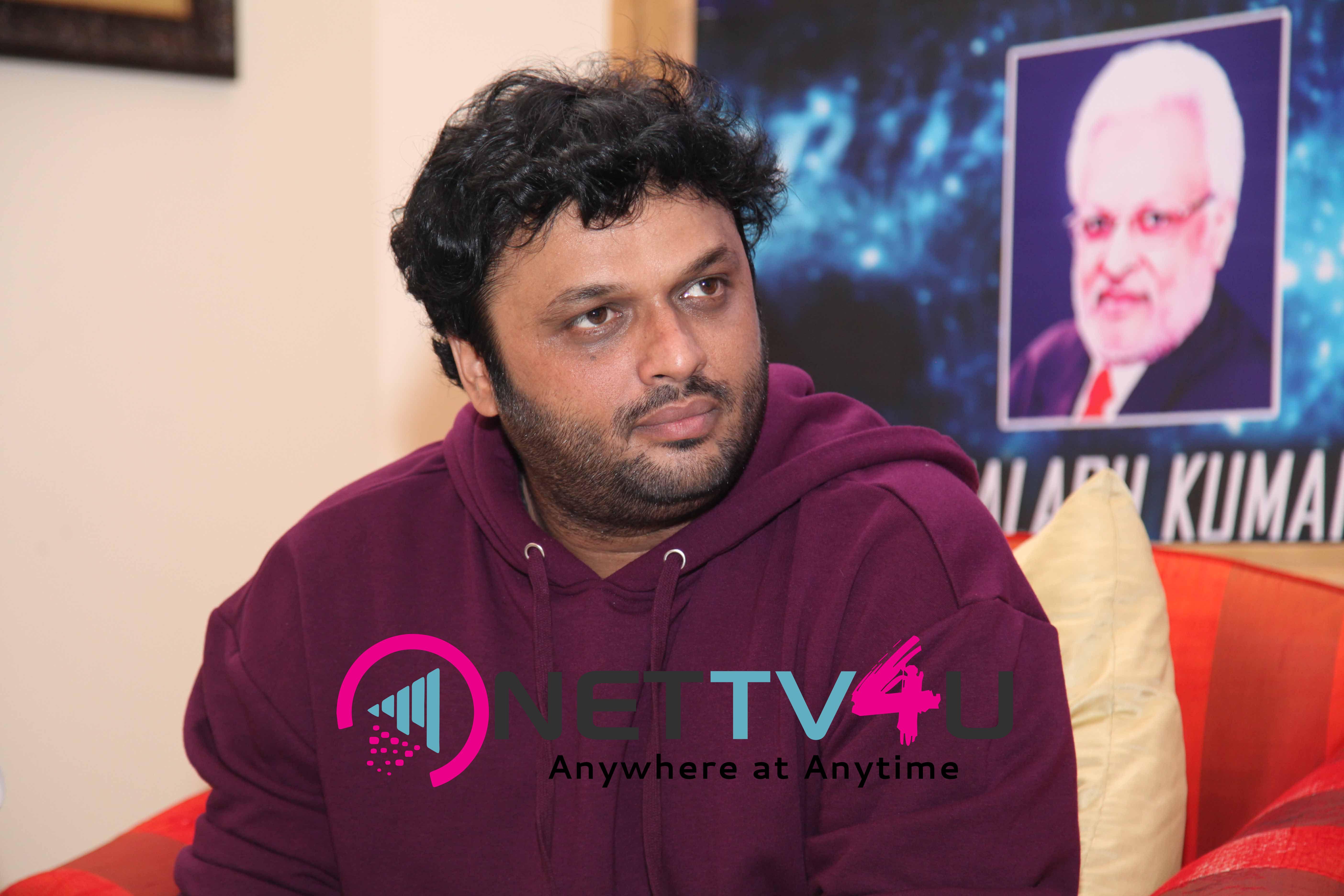 singer daler mehndi   shalabh kumar joined to produce kannada film check pressmeet stills 13