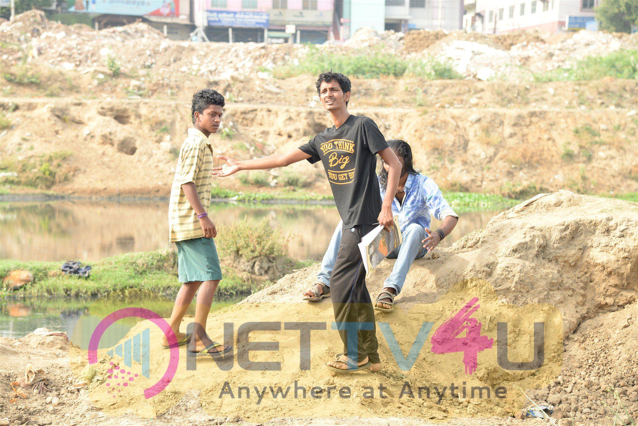 Tamil Movie 8 Thottakkal Latest Working Pics Tamil Gallery
