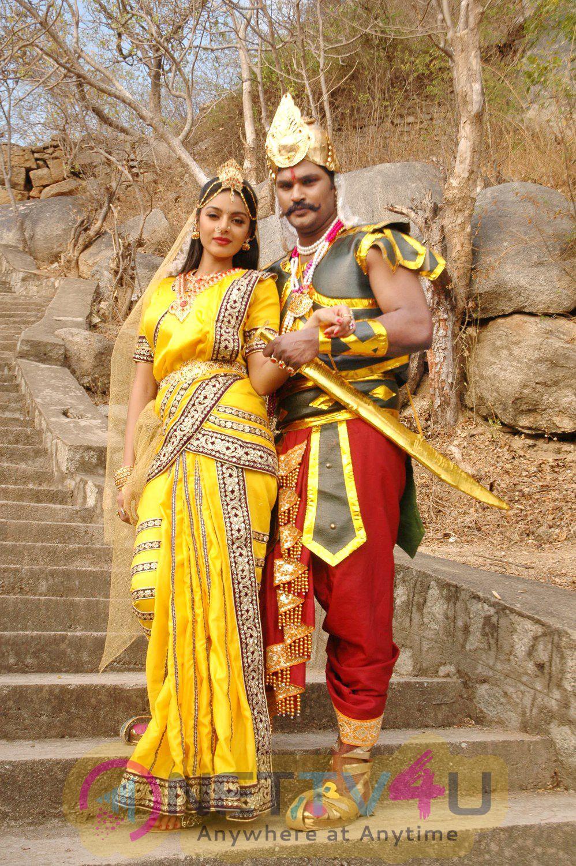 Tamil Movie Thagadu Attractive Stills