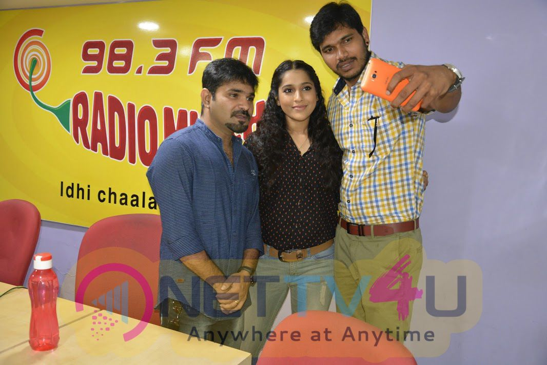 Tanu Vachenanta Team At Radio Mirchi Latest Photos  Telugu Gallery