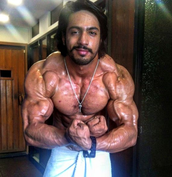 Thakur Anoop Singh Locks Horns With Suriya!