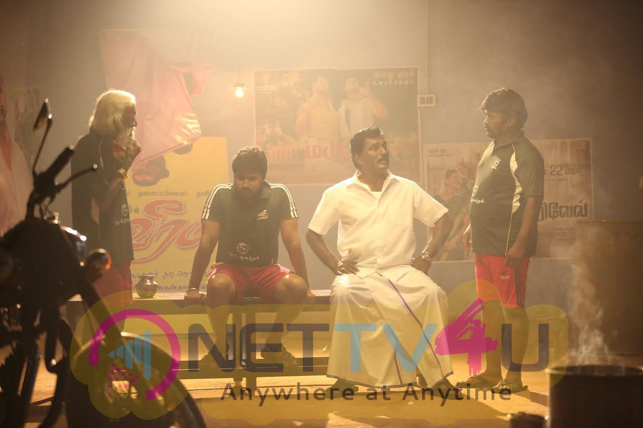 The Shoot Of Padhungi Paayanum Thala Directed By Moses Muthupandi Photos