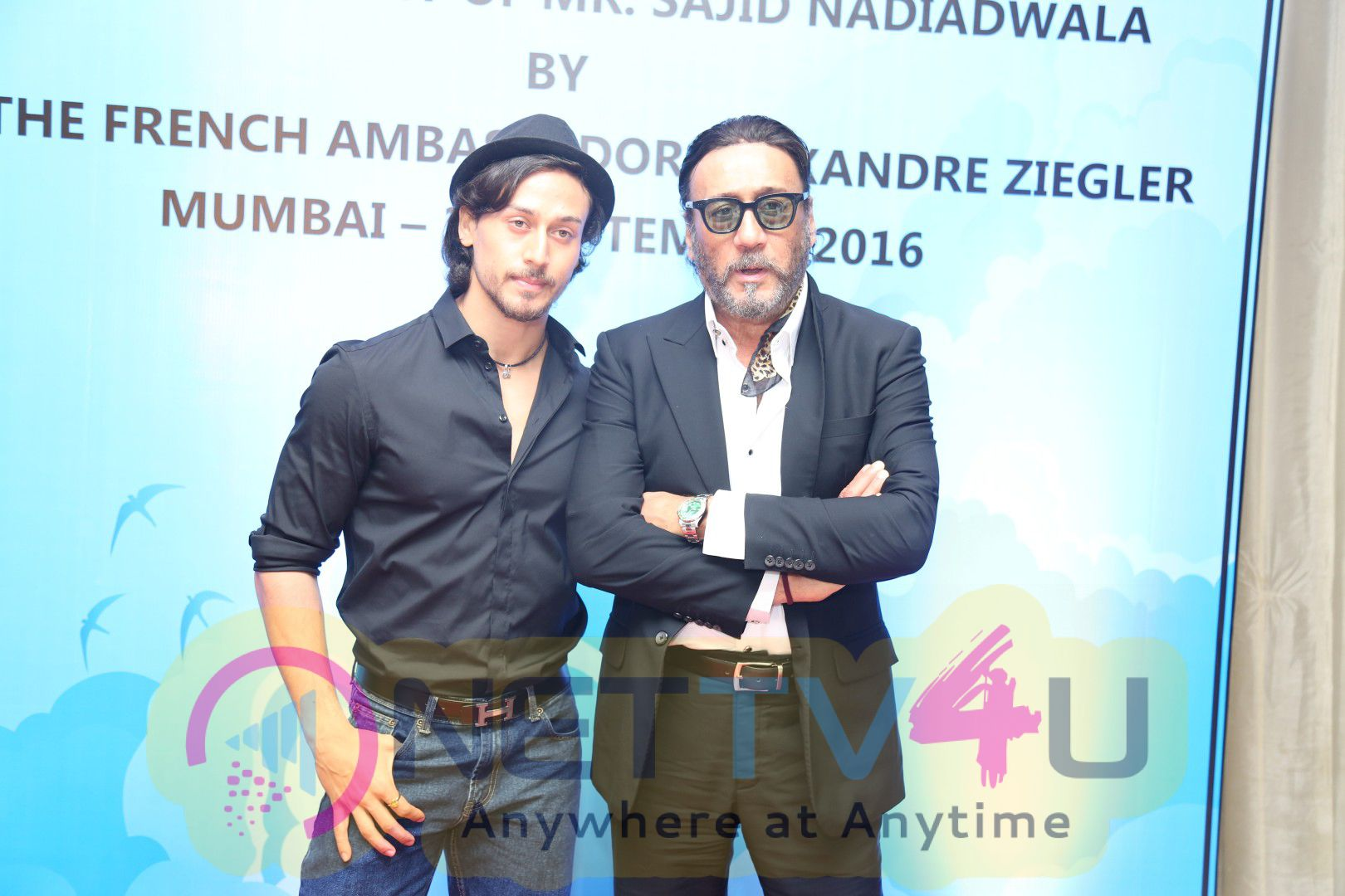 Tiger Shroff & Jacqueline Join Sajid Nadiadwala On His Felicitation Images Hindi Gallery