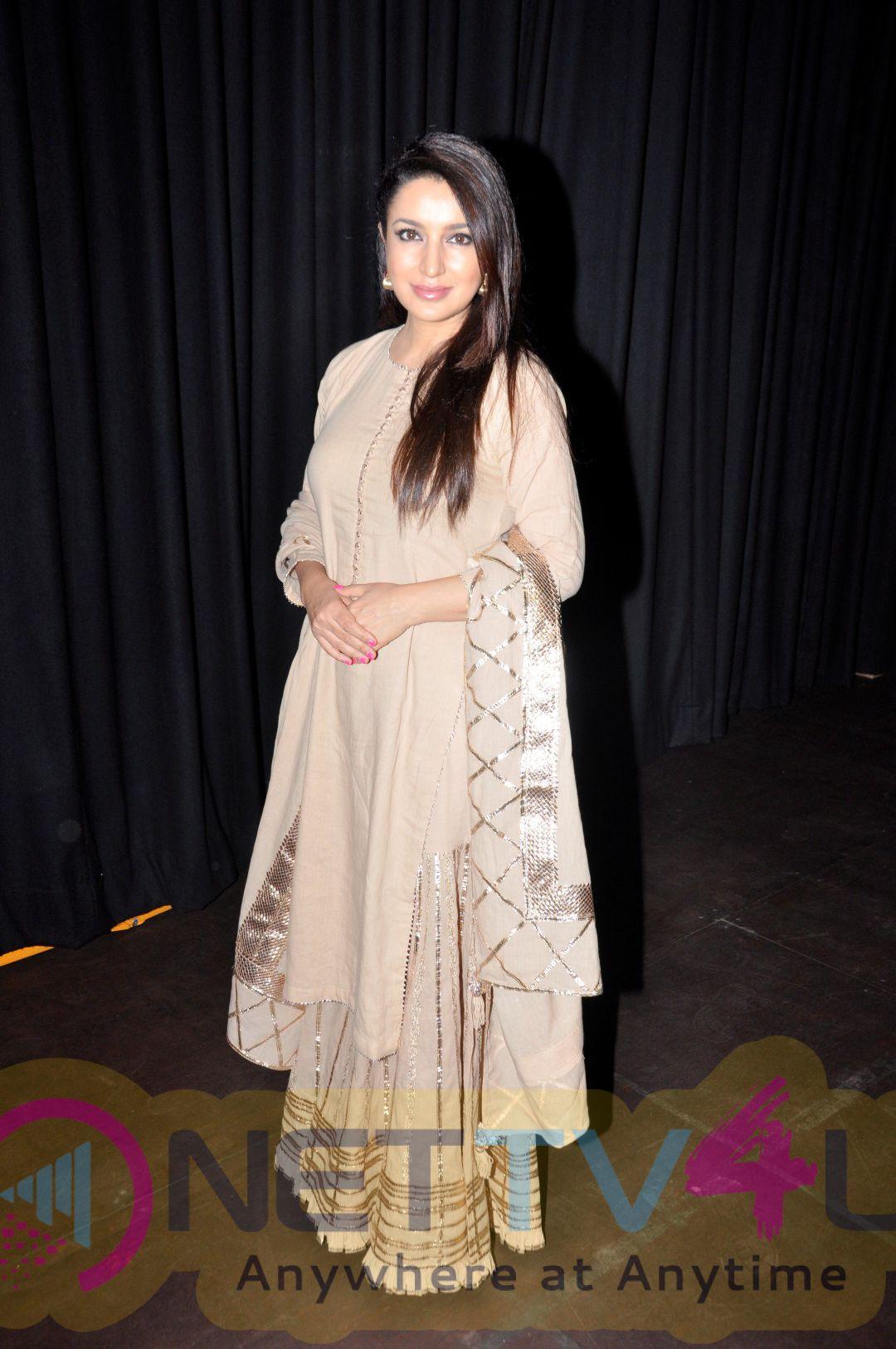 Tisca Chopra At New York Indian Film Festival 2016 Inauguration Photos Hindi Gallery