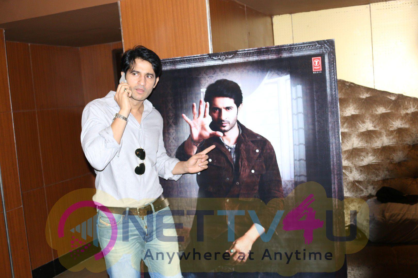 Trailer Launch Of Film Saansein With Hiten Tejwani & Sonarika Bhadoria Photos Hindi Gallery