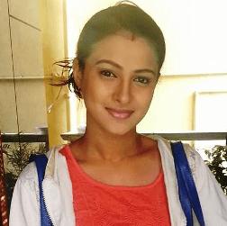 TV Actress - Kavitha