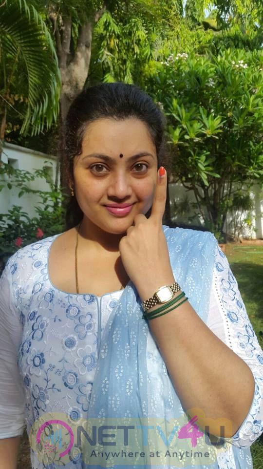 Tamil Actors Celebrities Voting Beauteous Photos