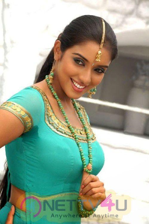 Tamil actress asin latest glamour photos 17 nettv4u tamil actress asin latest glamour photos tamil gallery altavistaventures Images