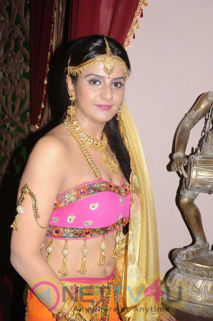 Tamil Actress Charu Latest Hot Stills