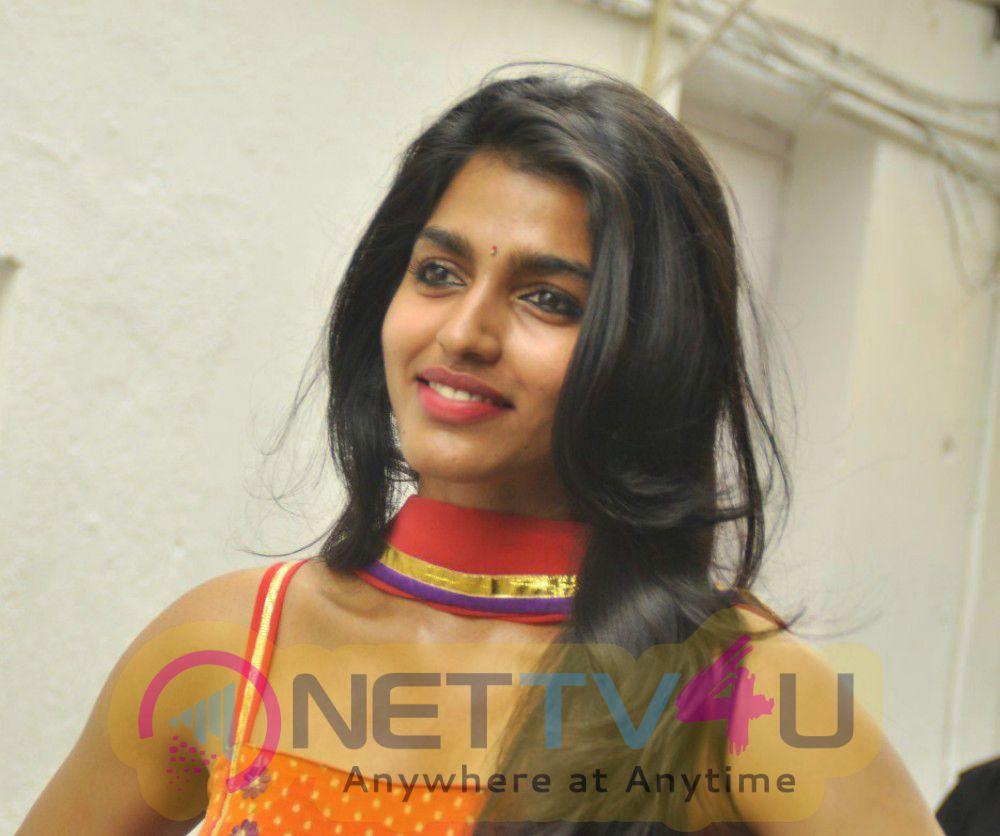 tamil actress dhansika latest stills 1