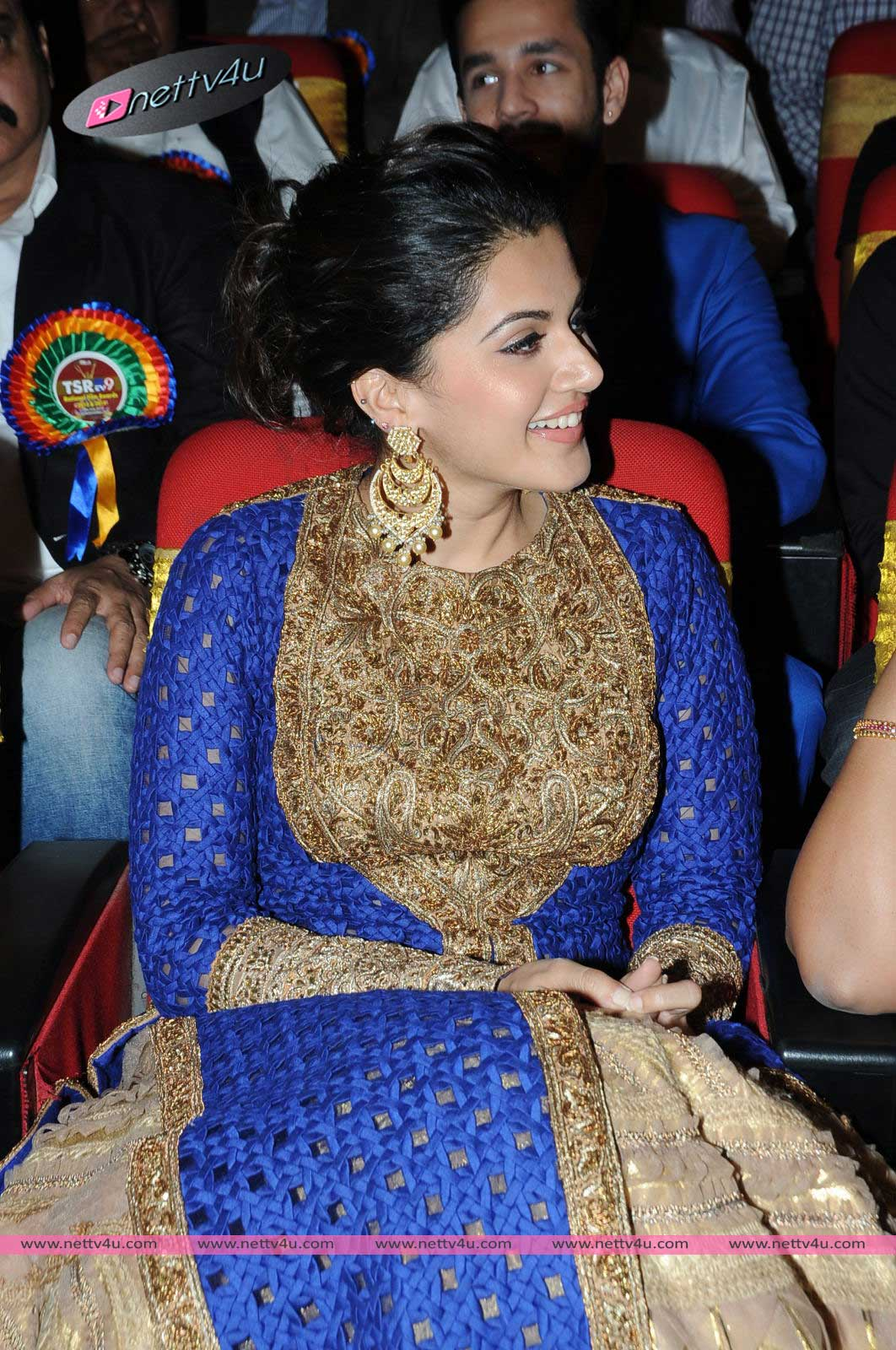 tapsee 01