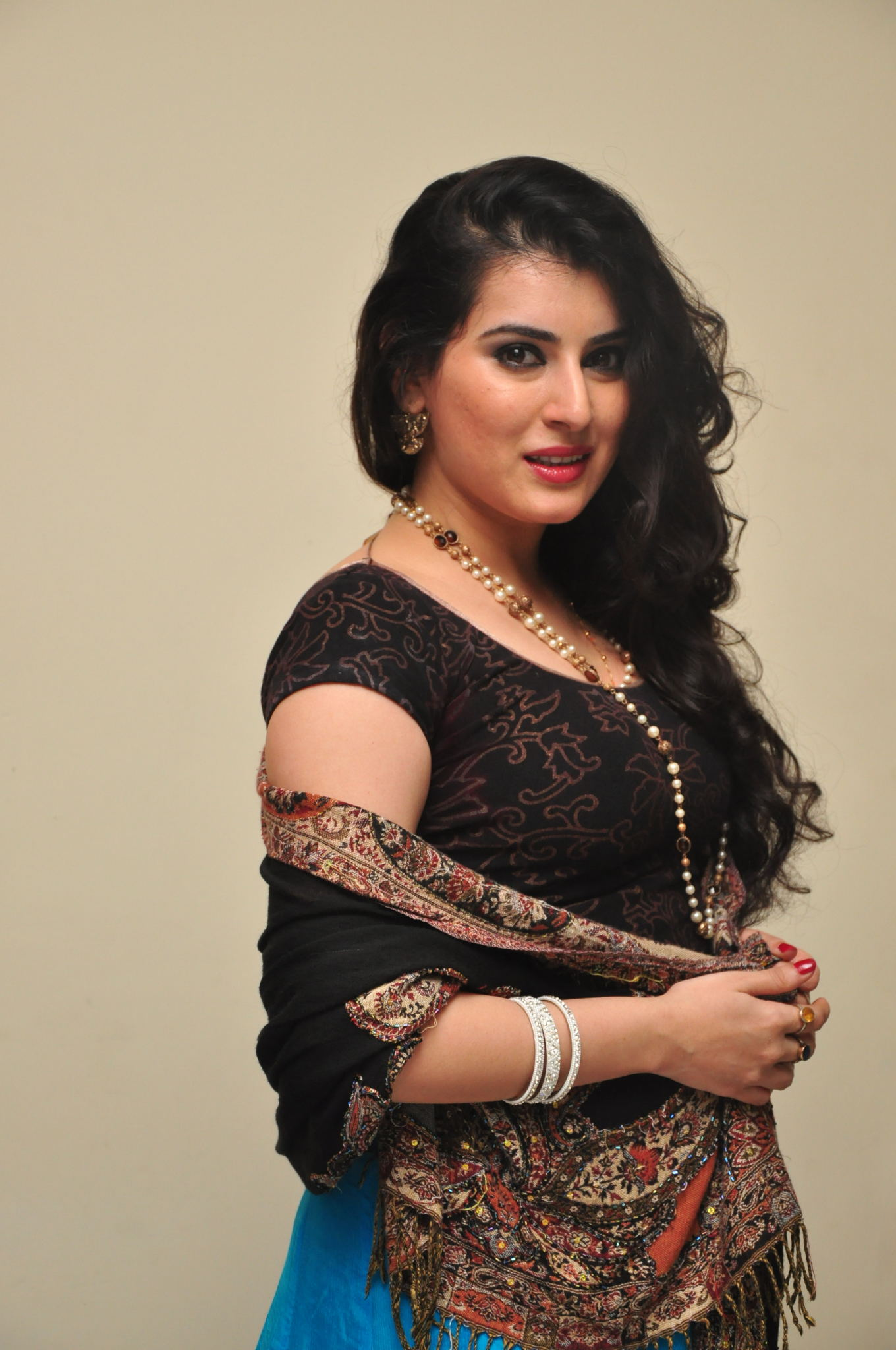 Telugu Actress Archana Shastry Exclusive Photo Gallery