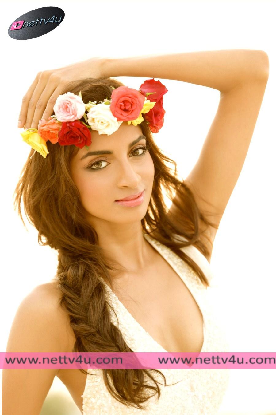 Telugu Actress Sahithya Jagannathan Stunning Photo Shoot Stills