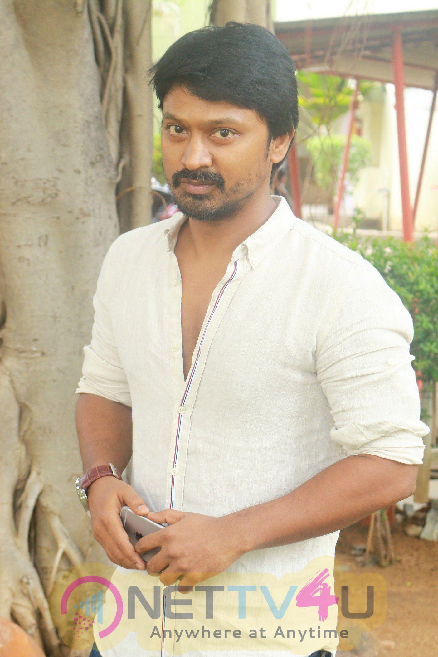 Tamil Movie Actor Krishna Images