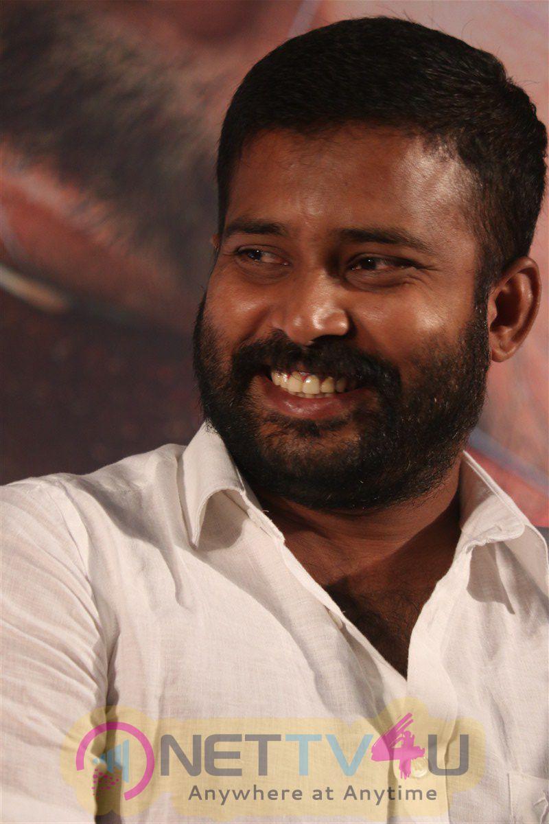 Ulkuthu Movie Press Meet Charming Photos