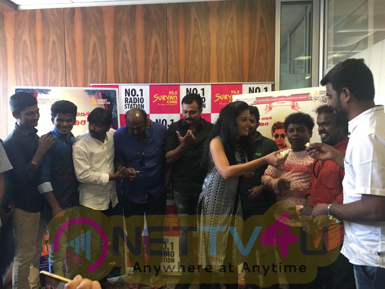 Vallavanukkum Vallavan Movie Audio Launch Images