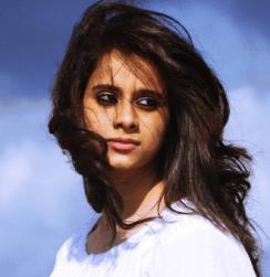 Veena Ghantasala Telugu Actress