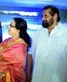 Veteran Actors Madhu And Sheela Reunite!