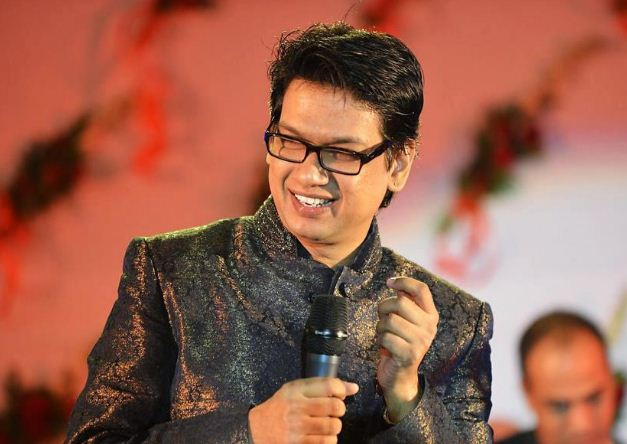 Vijay Prakash Is Celebrating Karnataka Rajyotsa..