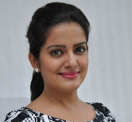 Vishakha Singh Shares Her Experience On Playing A Ghost!
