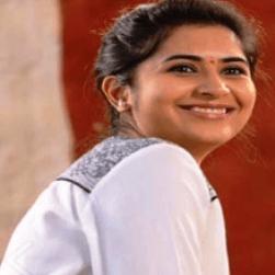 Vyoma Nandi Telugu Actress