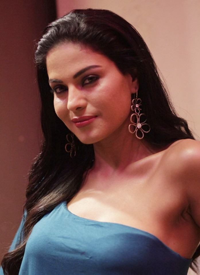 Veena Malik's Silk Smitha Film To Release In Kerala