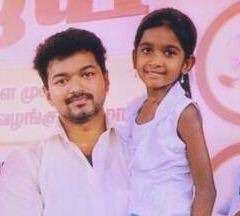 Vijay To Introduce His Daughter In Theri!
