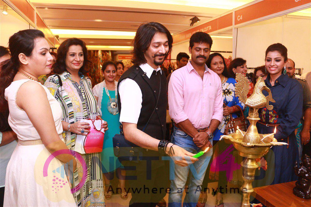 Vimonisha Exhibition Launch Exclusive Photos Tamil Gallery