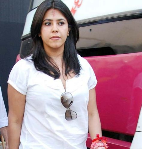 What! Ekta Kapoor Walks Out From Veer Di Weddin..