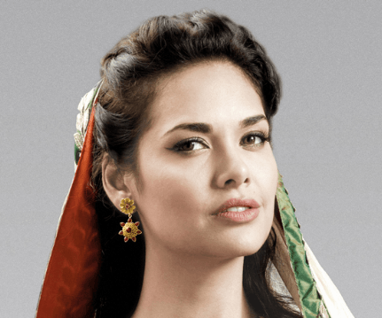 Will Esha Gupta Play A Heroine Role In 'Command..