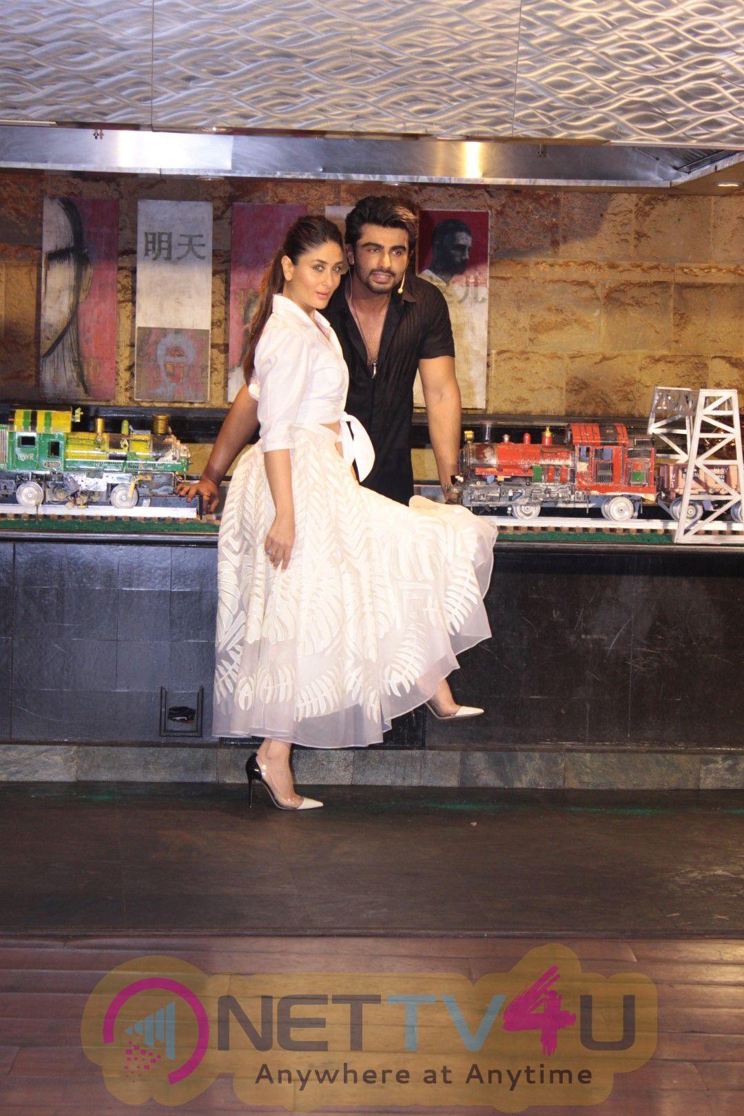Womans Day Celebrate With Kareena Kapoor Khan & Arjun Kapoor Stills