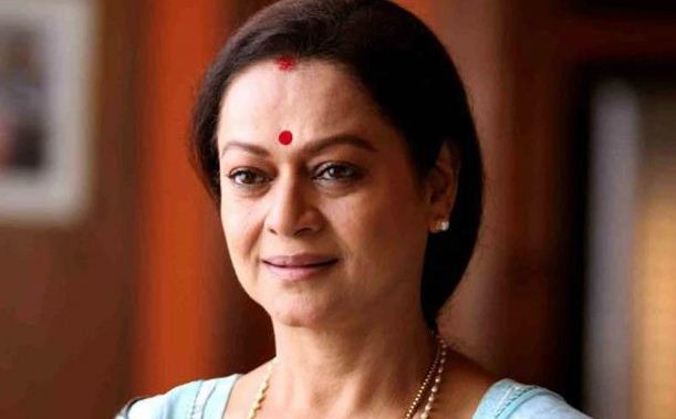 Zarina Wahab Reenters Mollywood As Irumi!